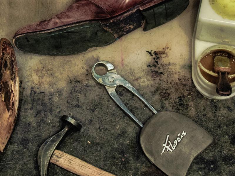 Schoenreparaties-Heiloo-Rotonde-Schoenmakerij